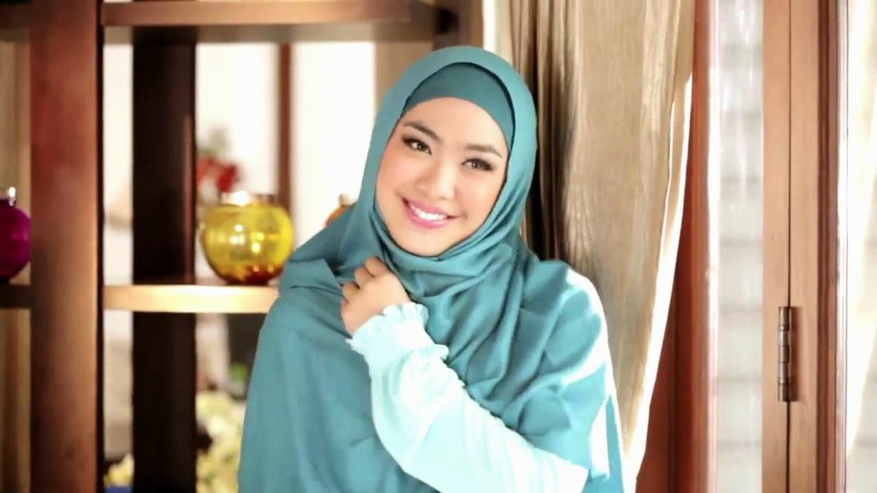 Wanita Cantik Berhijab Wap HP Content 24.jpg
