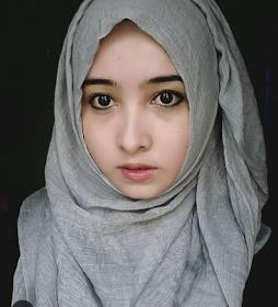Wanita Cantik Berhijab Wap HP Content 37.png