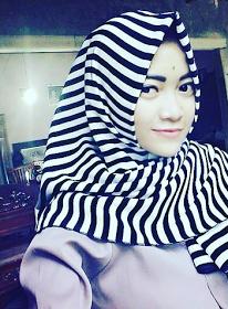 Wanita Cantik Berhijab Wap HP Content 39.png