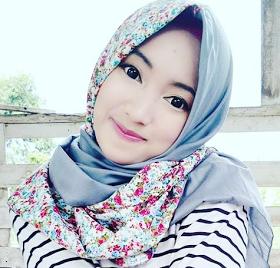 Wanita Cantik Berhijab Wap HP Content 40.png