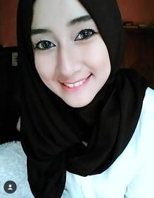 Wanita Cantik Berhijab Wap HP Content 46.png