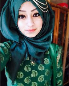Wanita Cantik Berhijab Wap HP Content 48.jpg